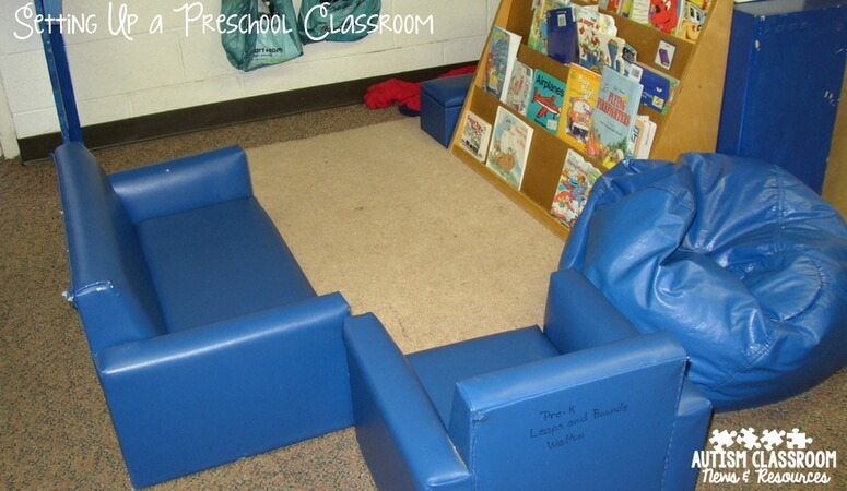 Setting up a a preschool classroom--classroom pictures as part of a roundup of ideas for designing classrooms for special education